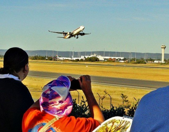 Post image for Plane spotting heaven at Perth Airport