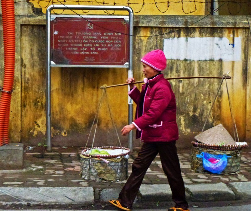 Post image for Pictures from the frenetic streets of Hanoi