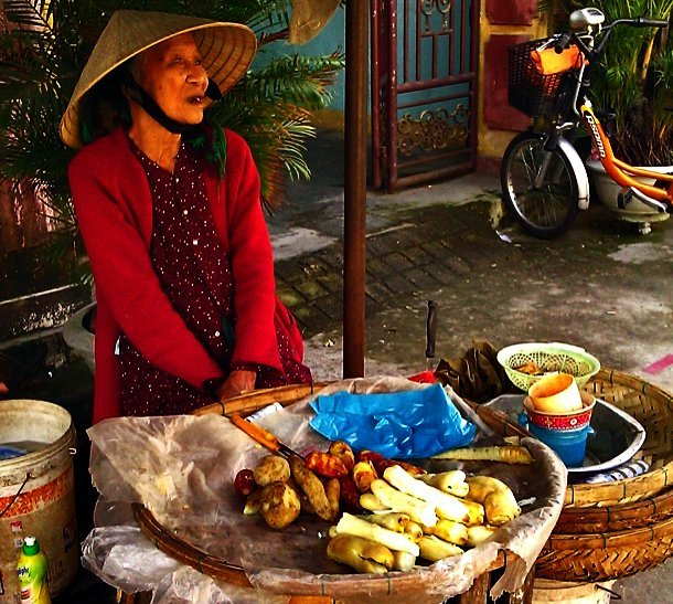 Post image for Vietnamese food: Taking it to the street