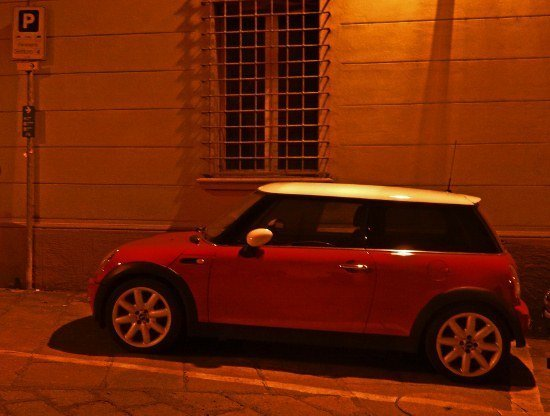 Bologna mini cooper night