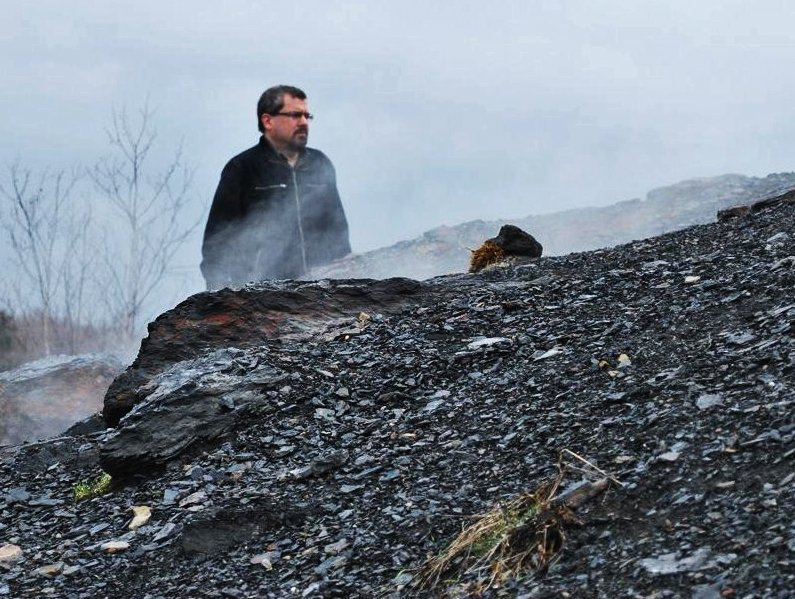 Centralia coal mine fire walking