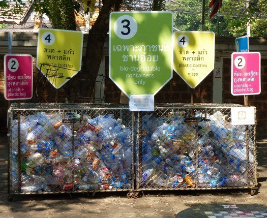 Thailand temple plastic recycling