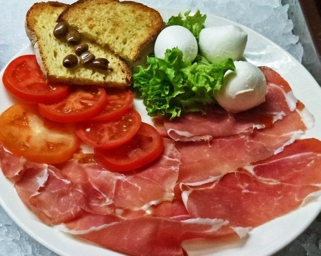 Italy autostrada food