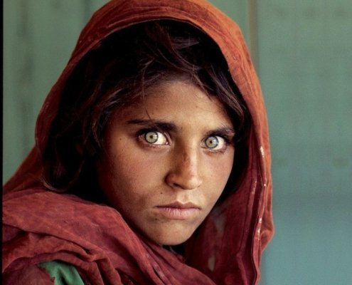 Steve McCurry Afghan Girl photo