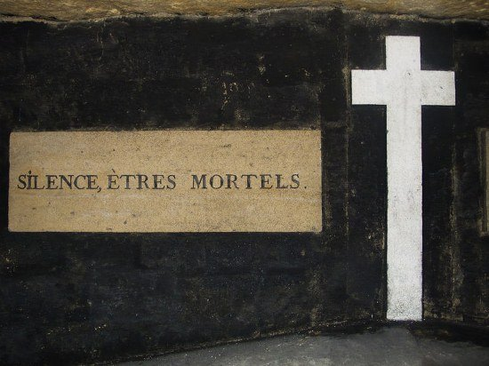 Catacombs silence mortals sign