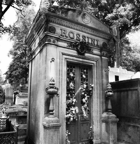 Pere Lachaise Rossini grave