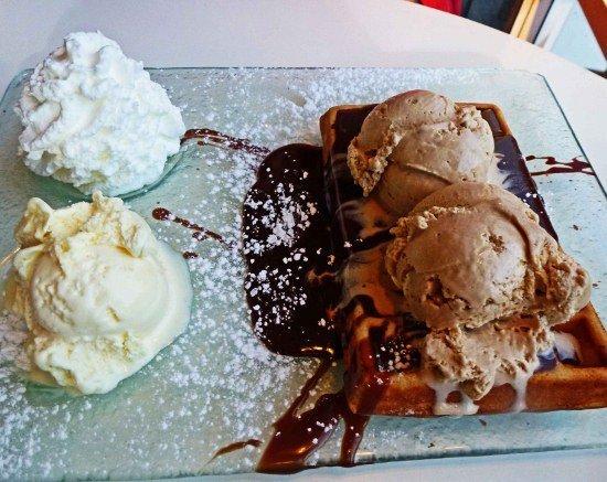 Israel food waffle dessert