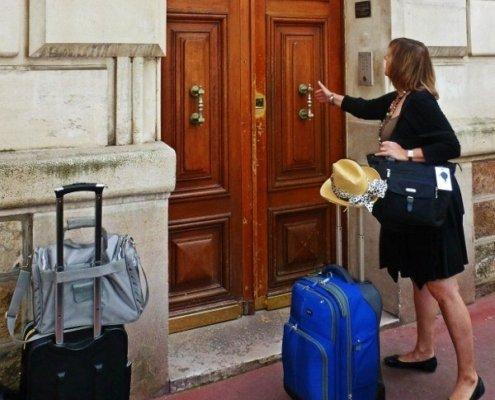 Travel long term vacation rental PAris apartment