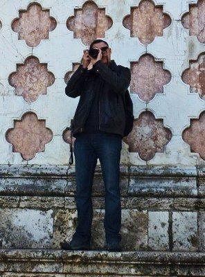 Alex Berger virtual wayfarer travel blogger