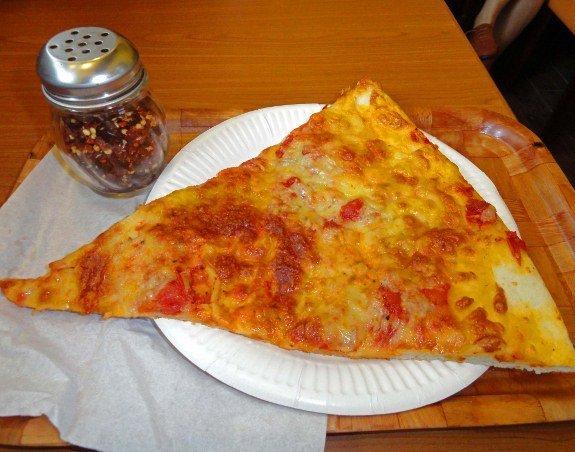 best pizza in Hong Kong Paisanos