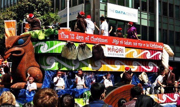 Maori float Auckland Christmas parade