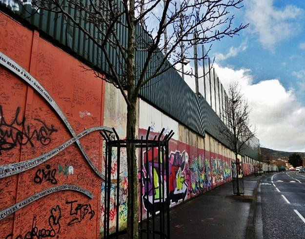 Peace barrier in Belfast