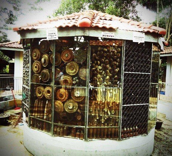 Cambodian landmine museum pile of mines (575x523)