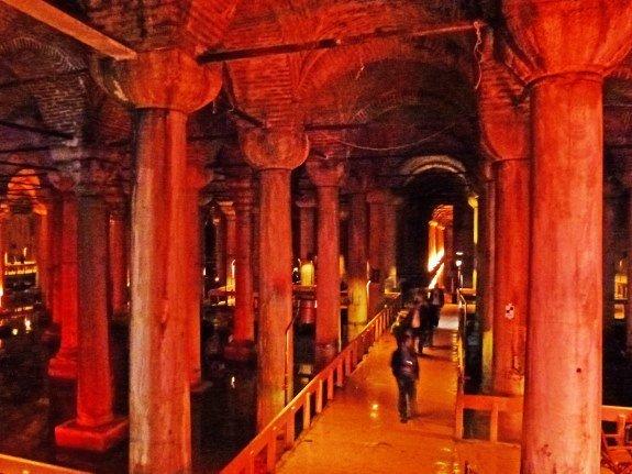 Basilica Cistern main view (575x431)