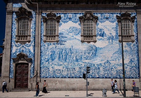 Carmo church tiles Porto
