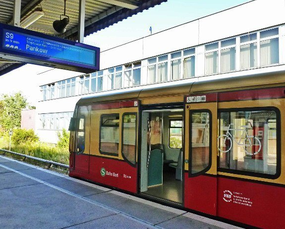 Berlin Welcomecard train from Schoenfeld Airport