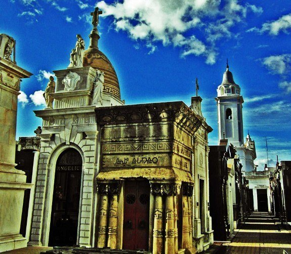 Buenos Aires recoleta cemetery greek tomb