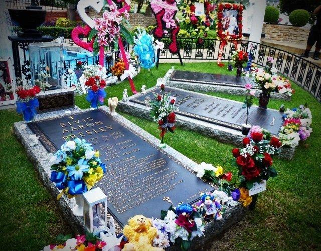 elvis grave graceland|Elvis Presley Graceland|Memphis attractions