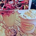 Ice cream sundae, Leopold's