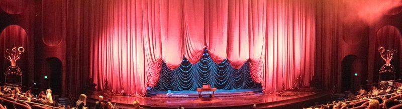 Zarkana stage (800x217)