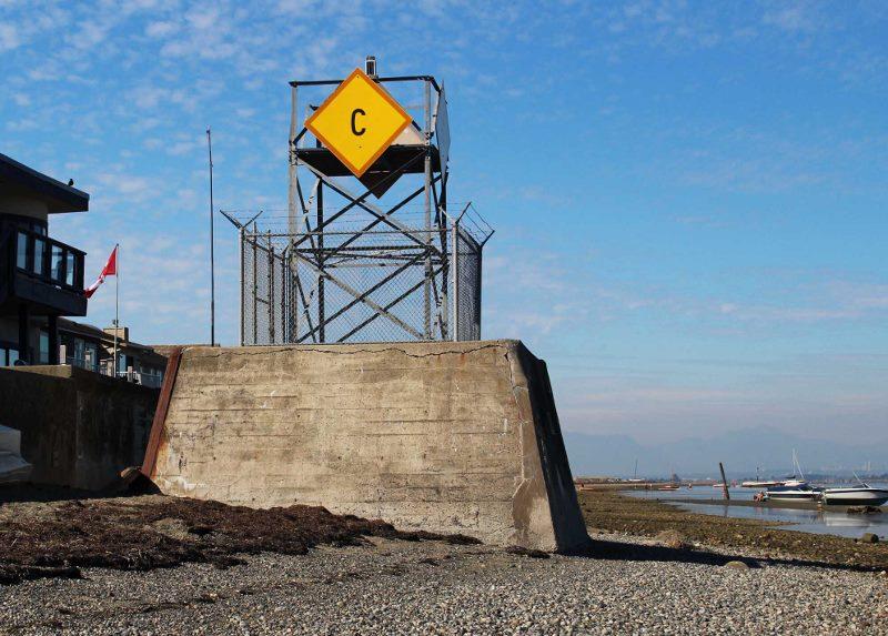 Point Roberts beach marker (800x573)
