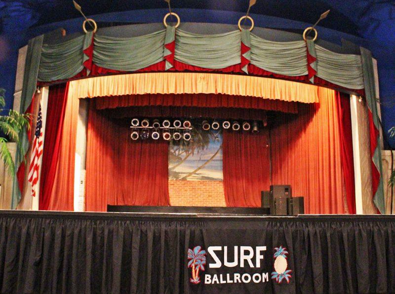 Surf ballroom stage (800x596)