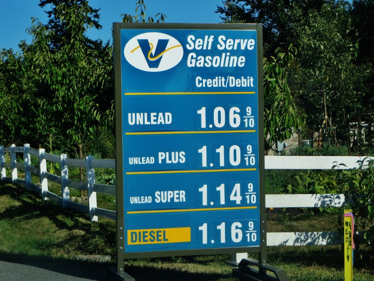 Visiting point Roberts Washington cheap gas (750x563)