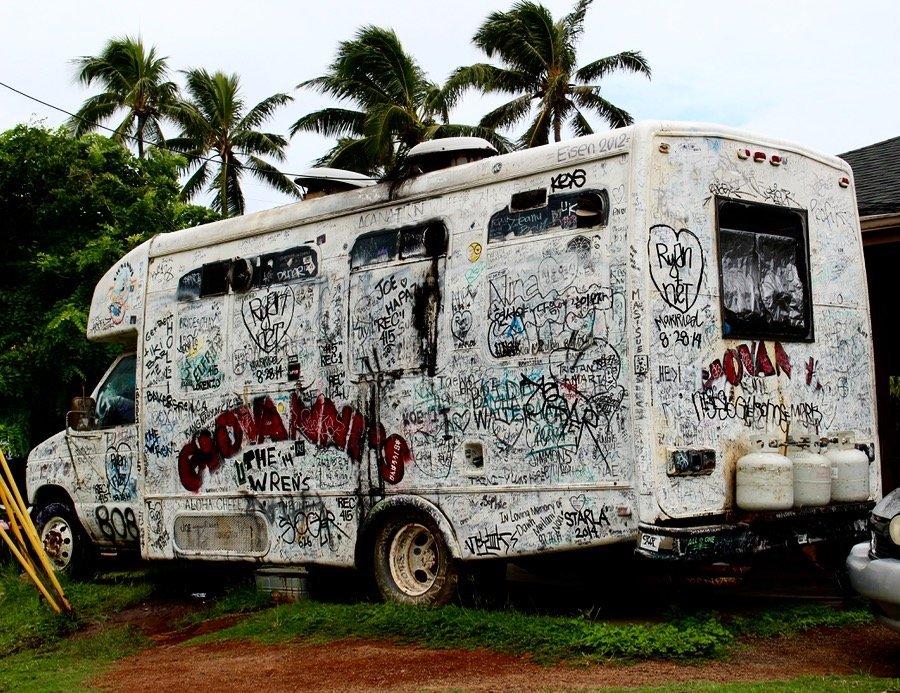Giovanni's Shrimp truck grafitti