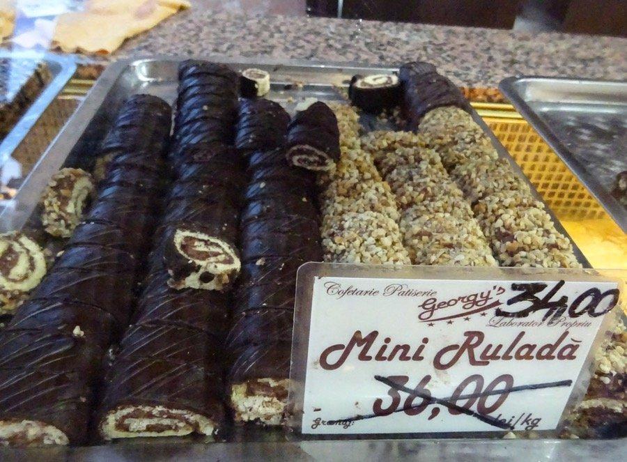 romanian pastry rulada swiss roll
