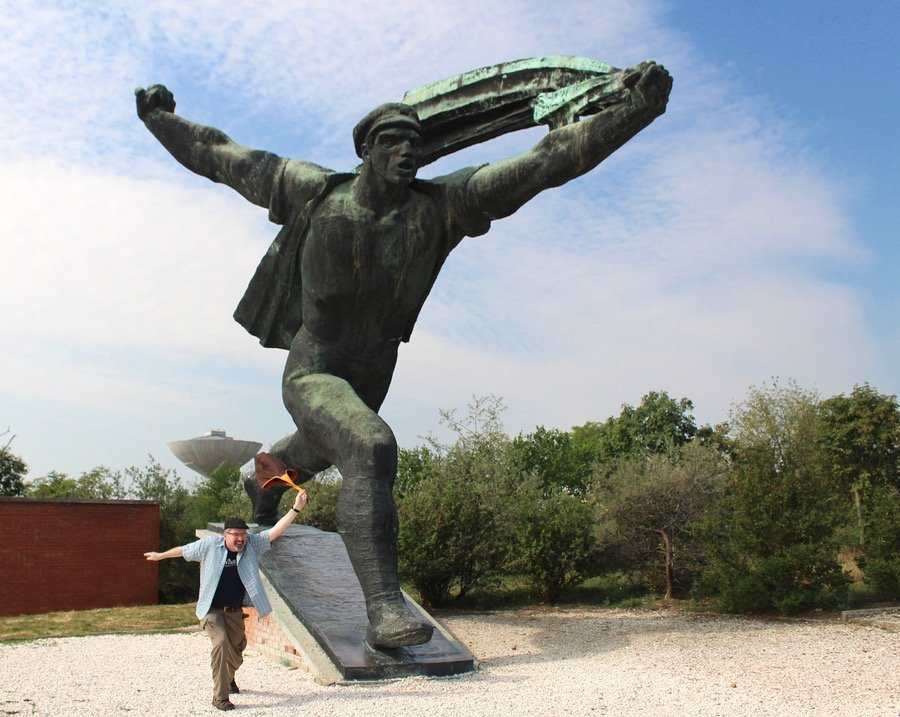Budapest Memento Park Monument running man 33 Michael