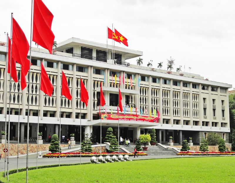 Vietnam story Independence Palace front from left (800x624)