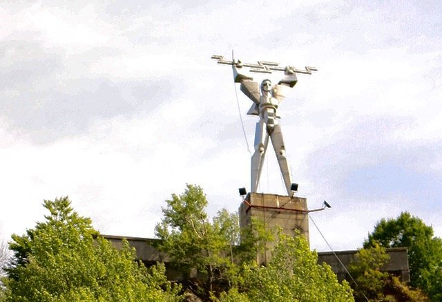 Statue of Electricity Transfagarasan Highway