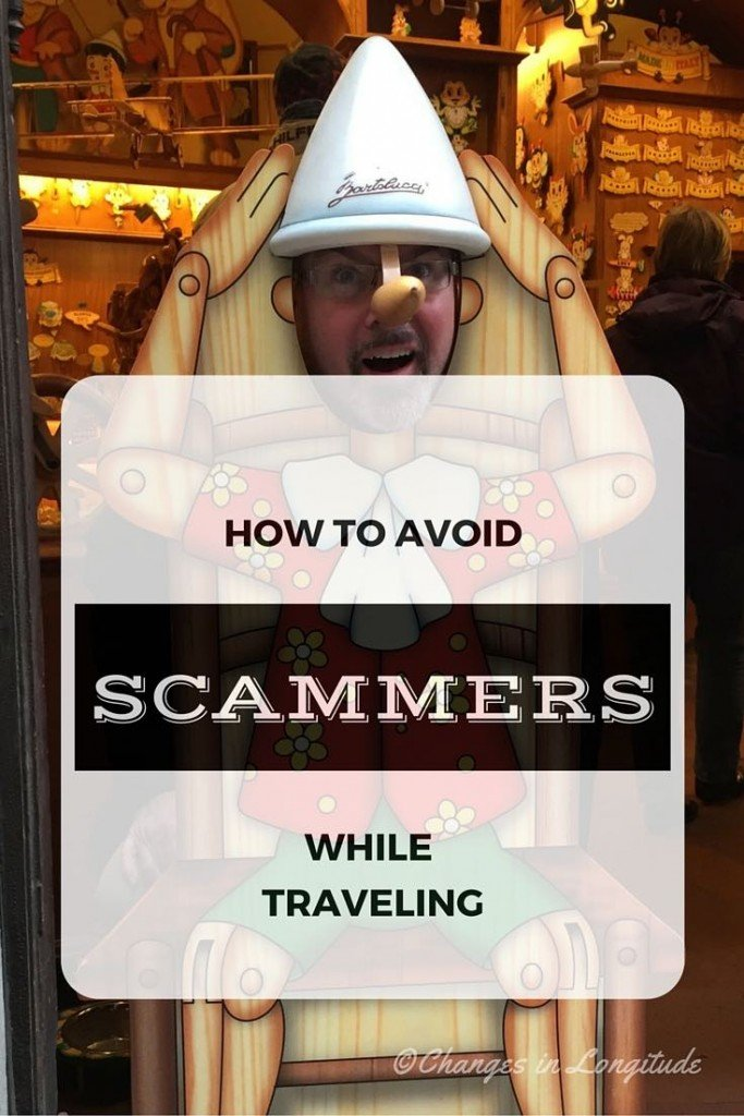 How to avoid scam artists on vacation