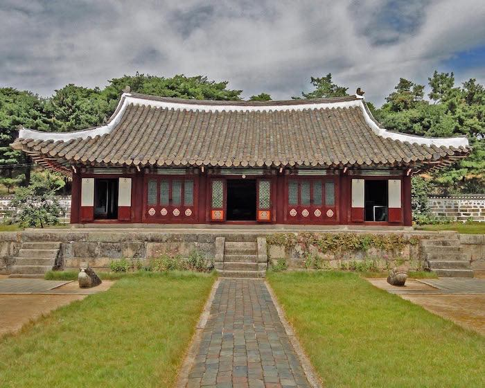 Temple in the museum in Kaesong-a bit of ancient history in North Korea