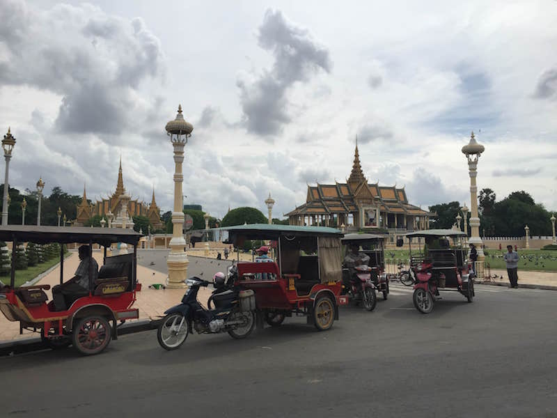 free things to do in Phnom Penh Royal Palace Parks