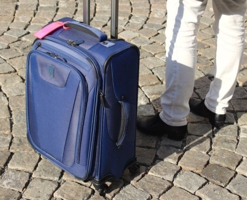 Travelpro maxlite suitcase review