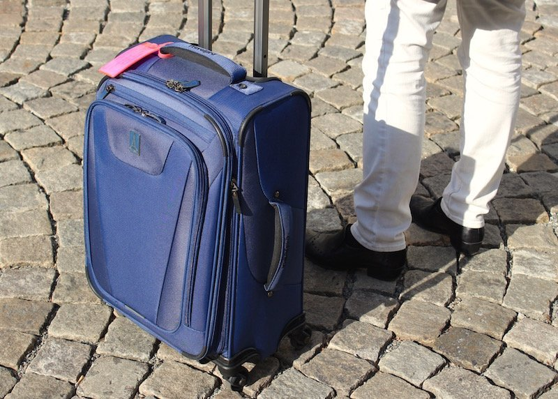 Travelpro maxlite suitcase review