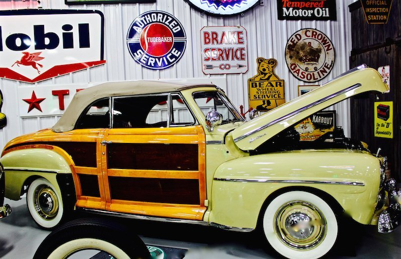 1947 Ford Sportster Woody wagon